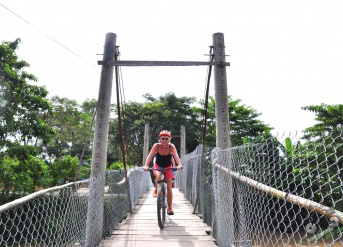 Cycling Siem Reap to Phnom Penh 5 days